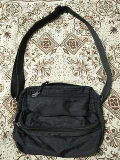 sling bag preloved