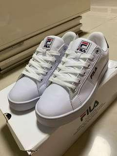 FILA Court Deluxe Shoes / Sneakers