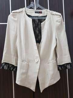 Yuan cream blazer