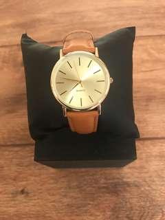 Ladies Fashion Tan Strap Watch