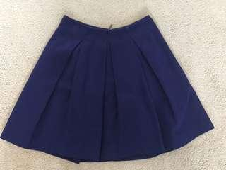 Cue skirt size 8 purple excellent condition Italian fabric