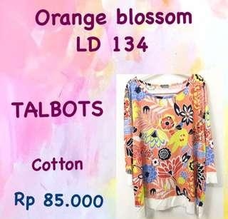Big Size Flowery Top