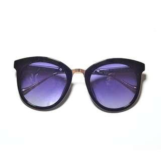 Stylish Purple Lense Sunnies