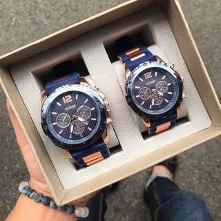 GUESS ANALOG RUBBER BLUE EXCLUSIVE