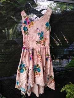 Floral dress bunga