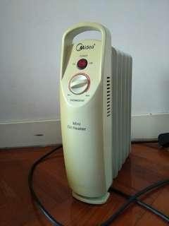 Heater 油壓式 電暖爐 迷你 Midea(大埔)