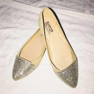 BNEW People Are People Rhinestone-Studded Ballerina Flats