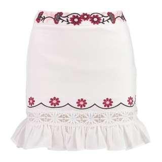 Boohoo Skirt - Petite Embroidered Ruffle Hem