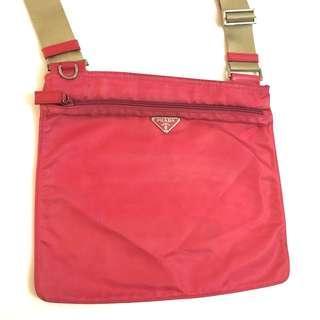 🈹️ Prada 防水面料輕便斜背包 Shoulder Bag 實用袋 粉紅色 正品