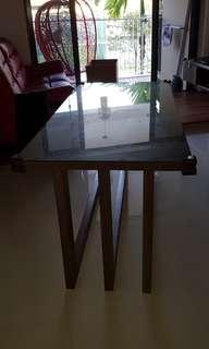 Free Dinning table (moving out)