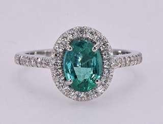 Extremely Rare 18K White Gold Ring 1.65 carat Emerald main-stone & Diamonds