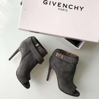 $1600 givenchy shark lock booties size 36 / 6