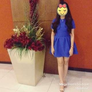 For rent: blue dress