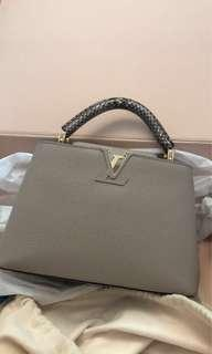 Louis Vuitton capucine BB in Galet & phyton handle