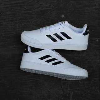 Adidas Trucil white list black leather