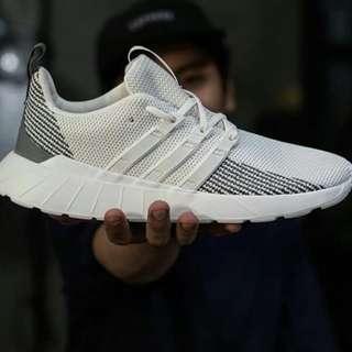 Adidas Questar Flow White