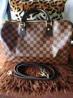 Preloved Lv bandouliere speedy 35! With datecode!!  Good as new!!