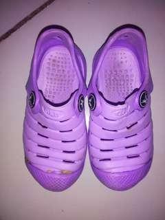 Sepatu Anak O&B