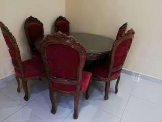 Dining table round jati