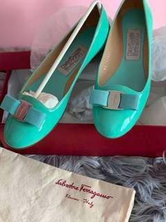 preloved worn once ferragmo ballerina flats limited edition