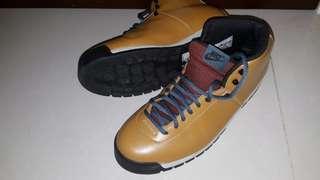 Nike 行山鞋 便服鞋 us 9