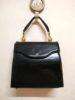 Vintage Mamica Black Genuine Leather Handbag. Made ln ltaly