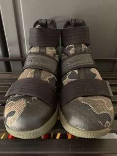 LeBron Soldier 10 (camouflage)