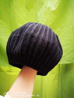 粗毛線黑色圓帽彈力新