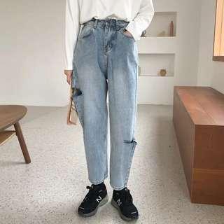 🚚 [PO] Distressed Boyfriend Jeans
