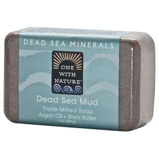 🚚 One with Nature Dead Sea Mud Soap Bar 7oz (200g)