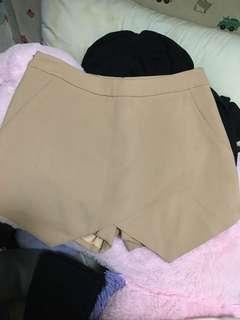 杏色不規則半身裙褲