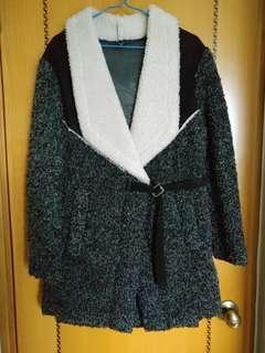 款式特別外套