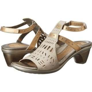 NAOT Hand-crafted Vogue Heel in Linen/Gold Sheen EU 38
