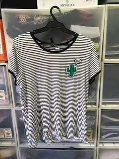 H&M T - Shirt with Patch