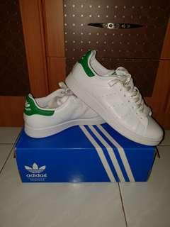 AUTENTIC Adidas Green Stan Smith 😍