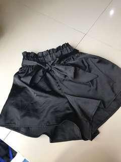 HERVOGUE black pants