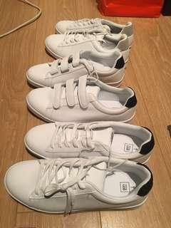 Men white shoes size 9 ( NEW )
