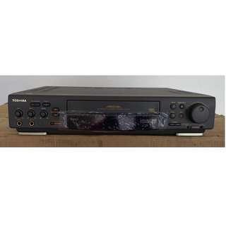 TOSHIBA VCR - BARU