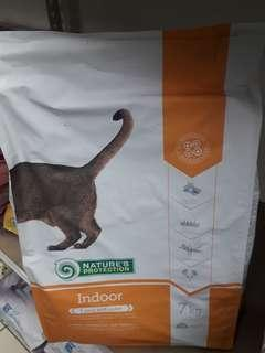 INSTOCK☆ NATURAL PROTECTION INDOOR 7KG with FREE HOME DELIVERY.