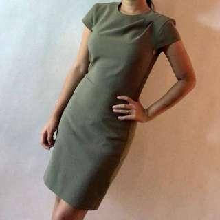 Green Formal dress for rent