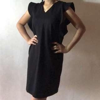 Black dress for rent