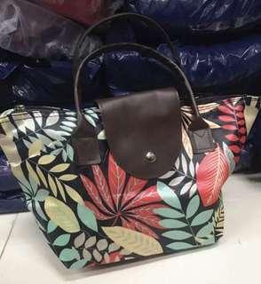 Foldable mini hand bag