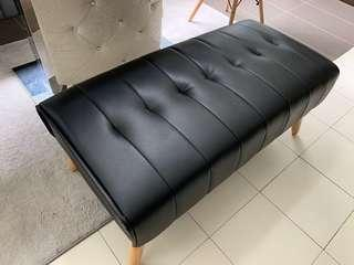 Bench PVC Black (Lightly used - 6 months)
