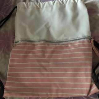 Pink&White drawstrings bag
