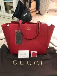 Gucci swing large tote