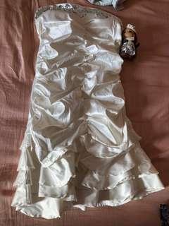 🚚 白色小禮服