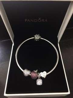 SALE!ORIGINAL PANDORA LIMITED EDITION 2018 FIREWORK BANGLE W/ CHARMS