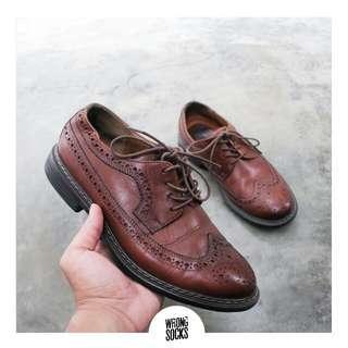 Sepatu pria / cowo Clarks wingtip