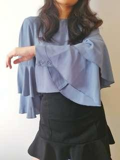 🚚 Blue Bell Sleeve Blouse