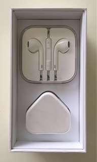 BN Original Apple USB power adaptor and Earpods
